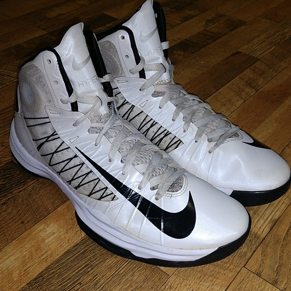 2f818c9f138 Nike hyperdunk size 11. M 5b5959798ad2f97fd0602740